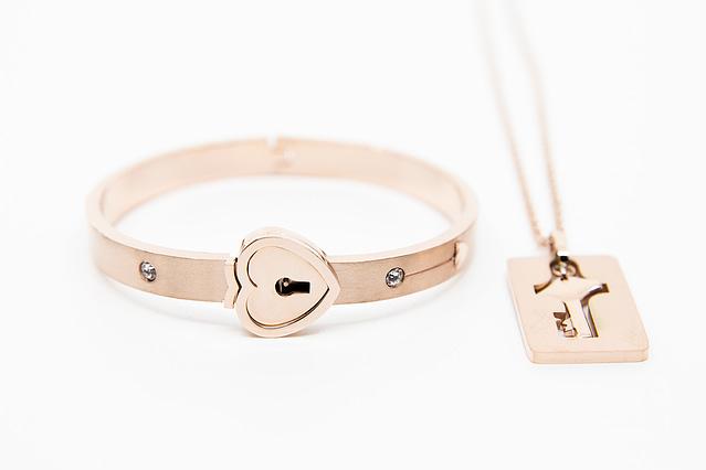 Forever Mine Submissive Bracelet Rose Gold