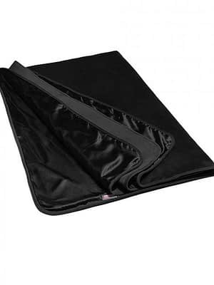 Velvish Black Throw