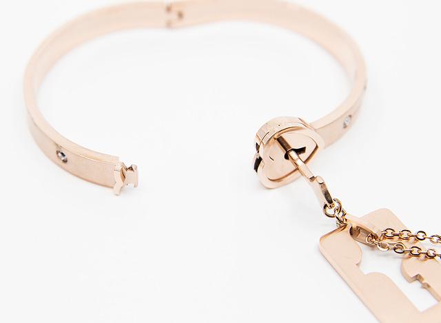 Forever Mine Submissive Bracelet Rose Gold Unlocked