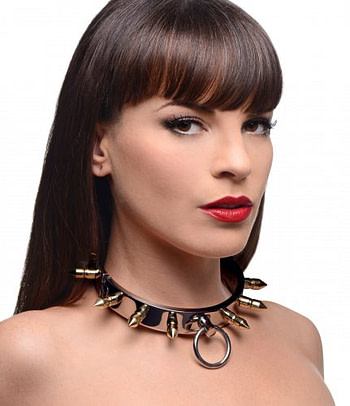 Spiked Locking Slave Collar With Model
