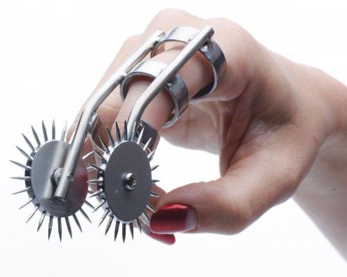 Double Finger Pinwheel With Model