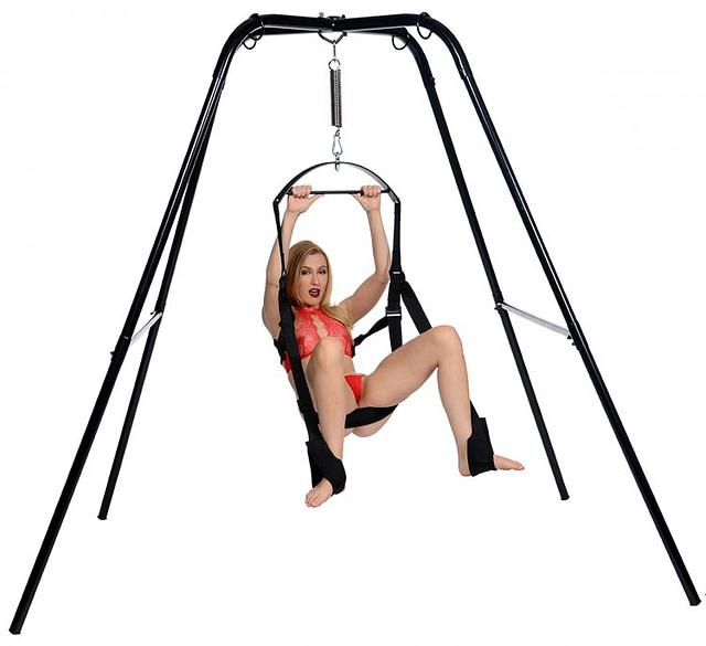 Suspension Swing Stand Demo 1