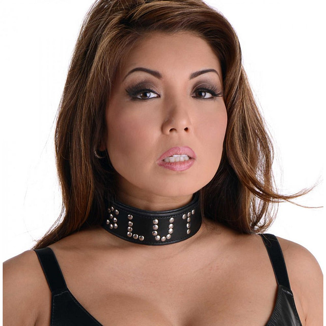 Leather Slut Collar With Model