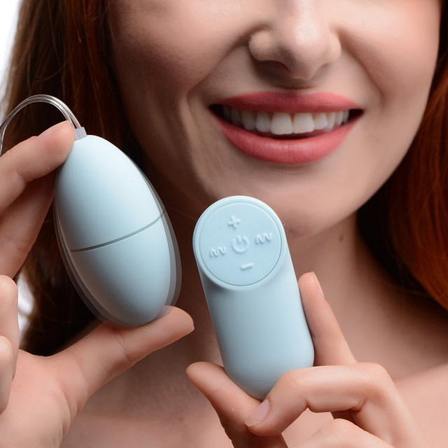Remote Control 28X Vibrating Egg With Model