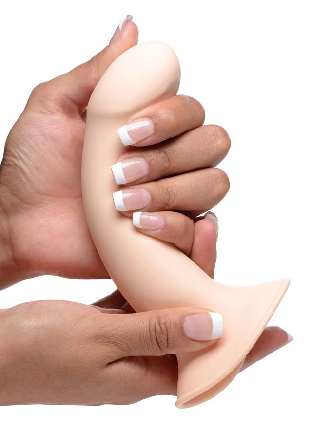 Ultra Flexible Dildo Close Up Demo Flesh
