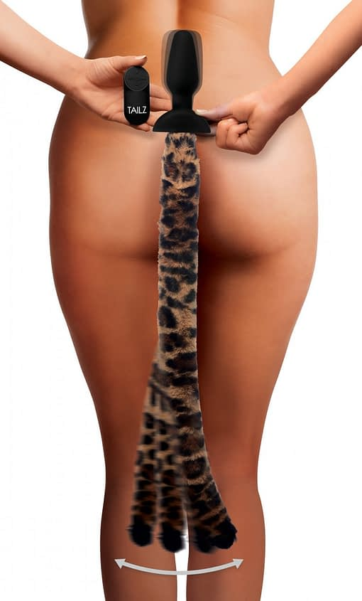 Wagging Leopard Tail Anal Plug Demo
